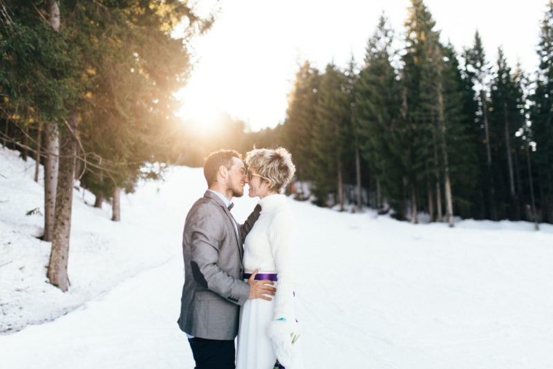 prewedding in the snow