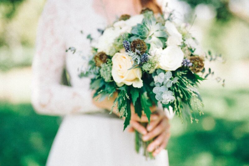 wedding-gown-bouquet-flowers