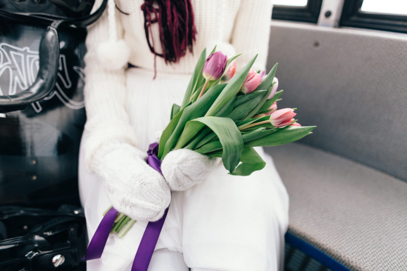 winter bride holding bouquet