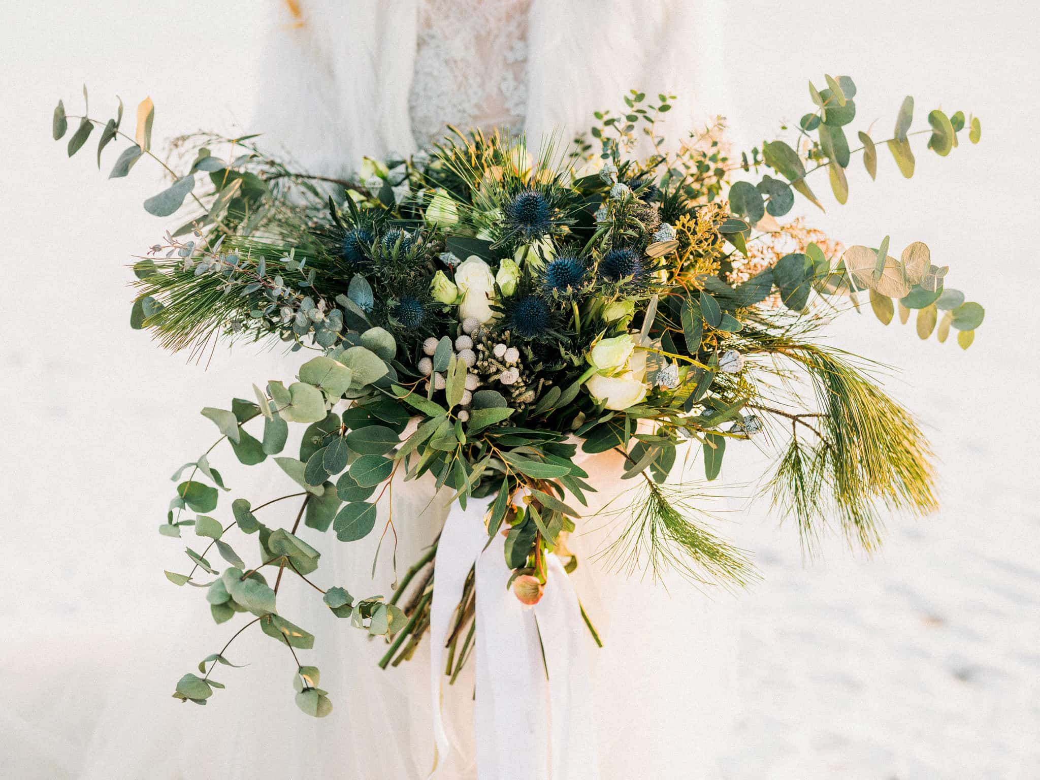 47_wedoverhills_green_bouquet