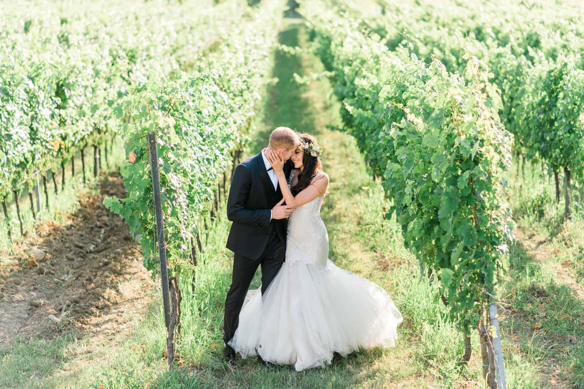 Wedoverhills_Prewedding_Film_Photographer_Vineyard_Wedding_0023