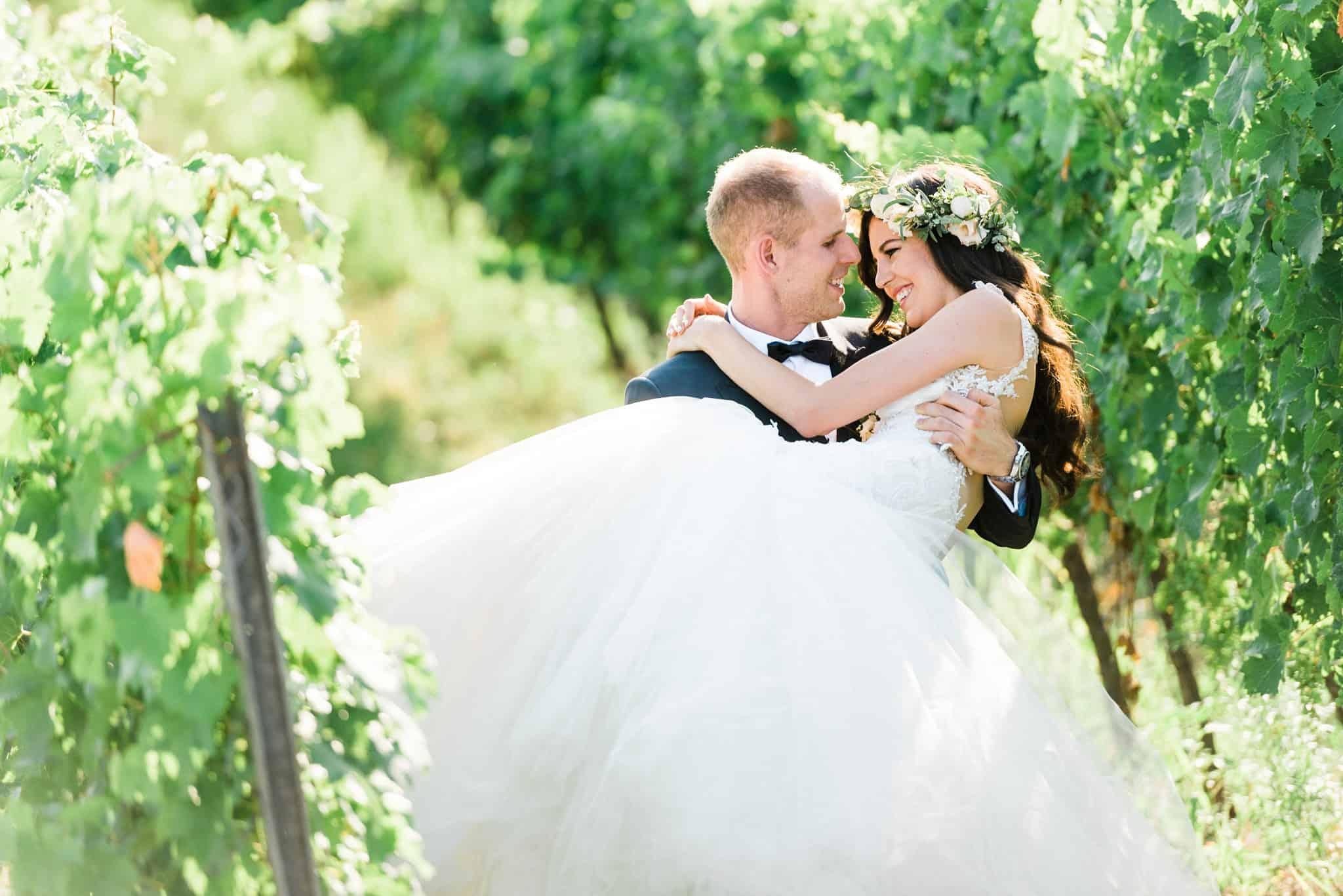 Wedoverhills_Prewedding_Film_Photographer_Vineyard_Wedding_0026