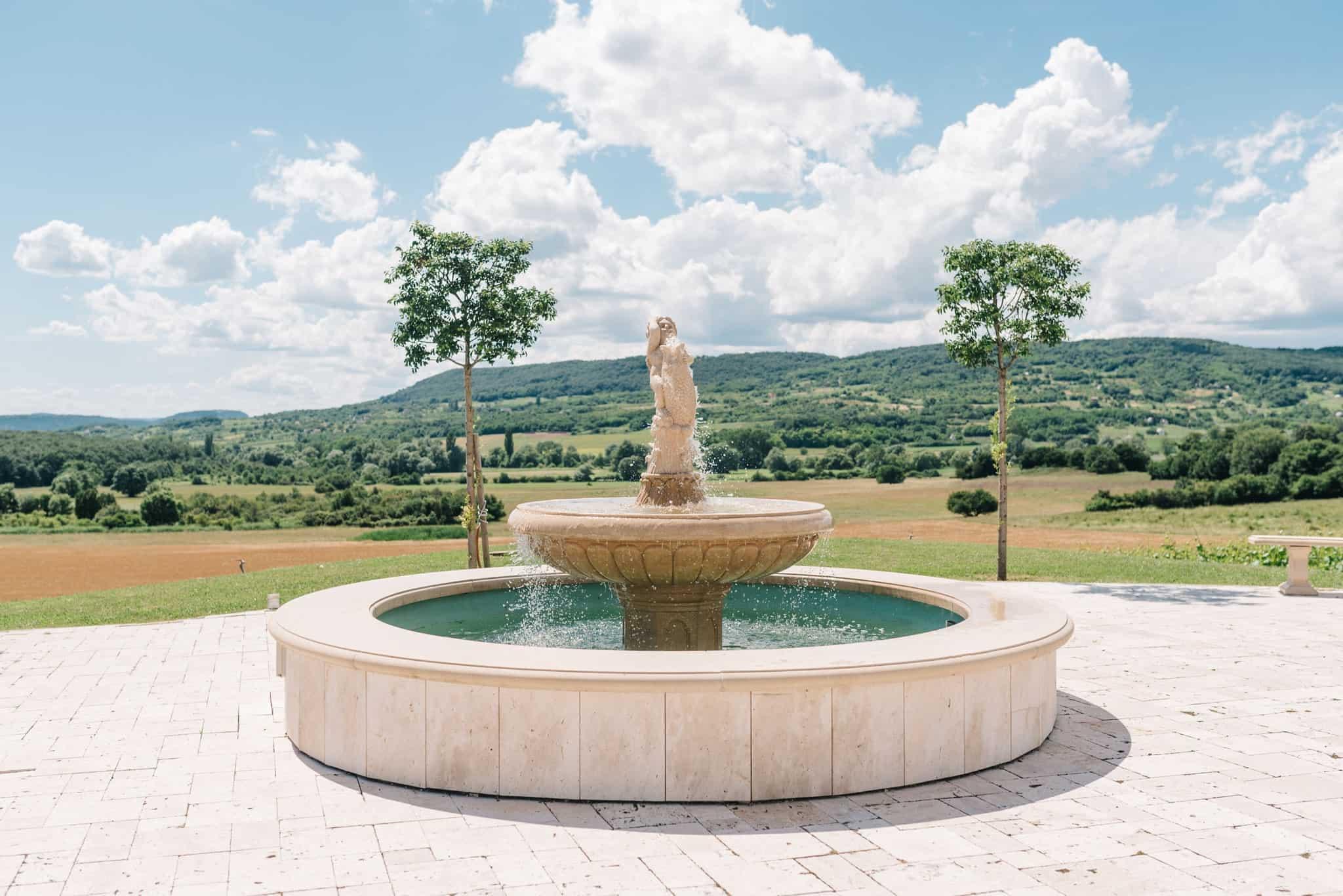 Wedoverhills_Prewedding_Hungary_Vineyard_Wedding_Location_0056